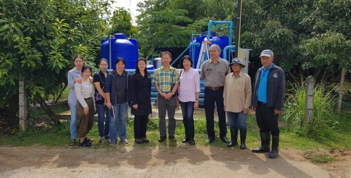 สทภ.1 ให้การต้อนรับมหาวิทยาลัยเชียงใหม่ ศึกษาดูงานโครงการวิจัยการบริหารจัดการน้ำอุปโภคบริโภค และการเกษตรในครัวเรือนตามแนวพระราชดำริทฤษฎีใหม่ จังหวัดลำปาง
